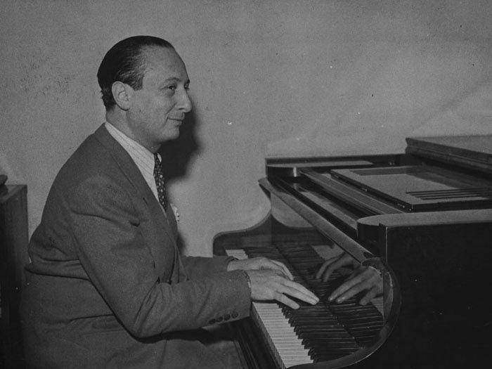 Владислав Шпільман — польський піаніст і композитор.