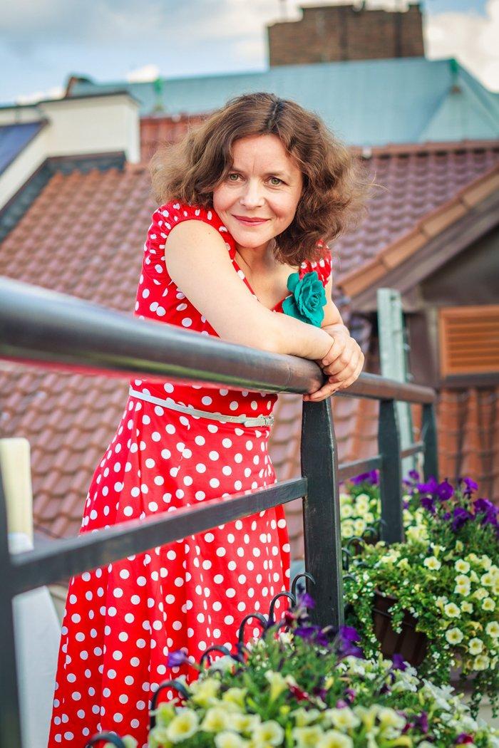Мар'яна Садовська — українська співачка, актриса, композитор
