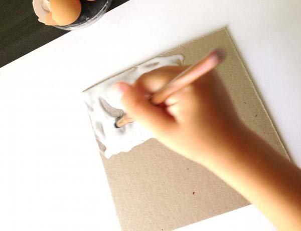 Проста мозаїка з яєчної шкаралупи для дітей, фото 3
