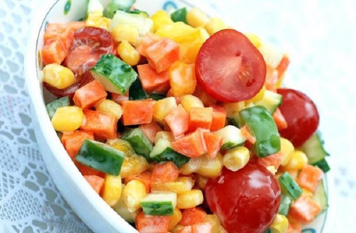 Корисний салат «Літній», рецепт