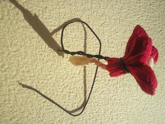 Букет квітів з гофрованого паперу своїми руками - фото 12