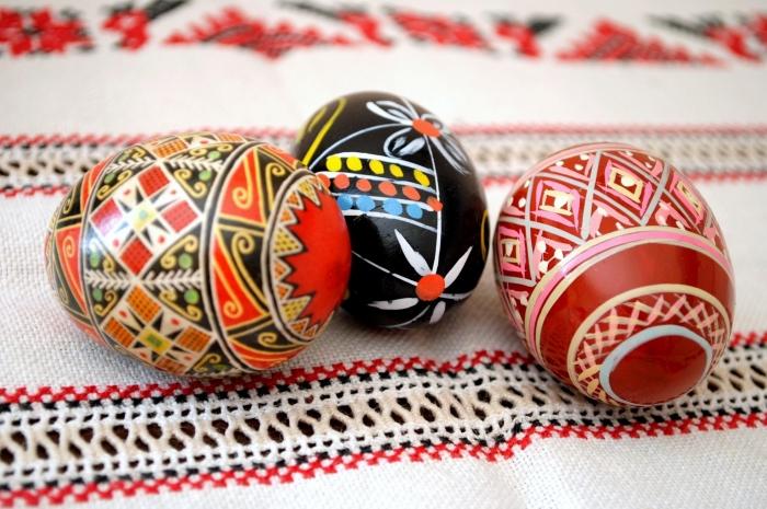 Натуральные красители пасхальных яиц