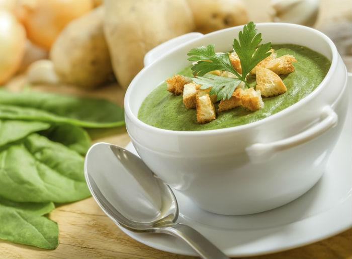 «Зелений» крем-суп зі шпинату