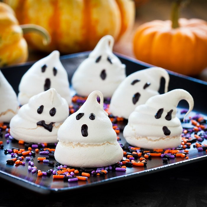 Ужасно вкусные блюда для Хэллоуина, Ужасающие безе