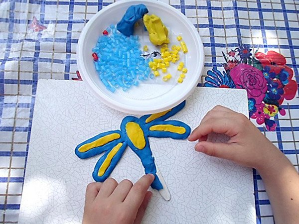 Летние поделки с детьми своими руками - мозаика из трубочек, фото 5