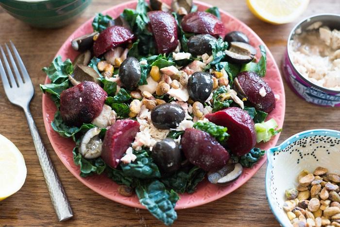 Свекольный салат с тунцом, рецепт
