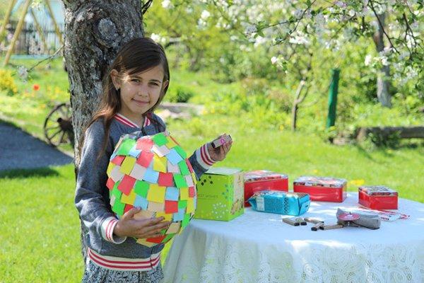Яскраві літні саморобки з дітьми своїми руками - піньята, фото 8
