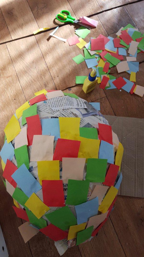 Яскраві літні саморобки з дітьми своїми руками - піньята, фото 7