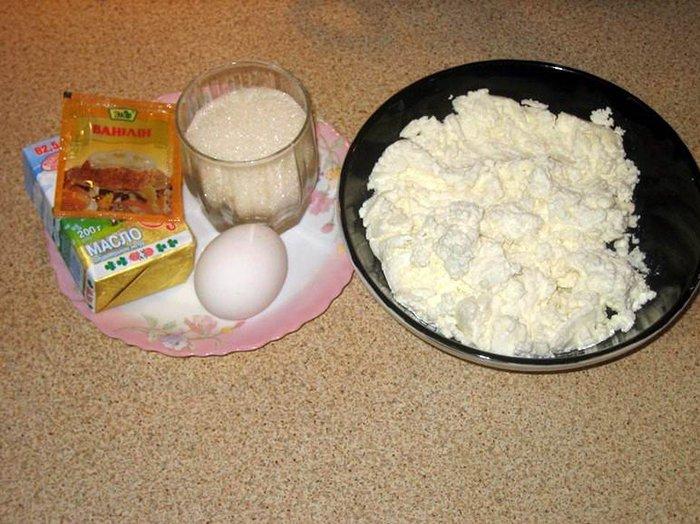 Простий рецепт сирників. Інструкція - фото 1