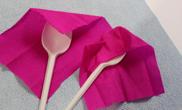 Как сделать тюльпаны из гофрированной бумаги – схема, фото 15