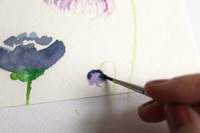 Рисуем фантазийные цветы акварелью, шаг 3