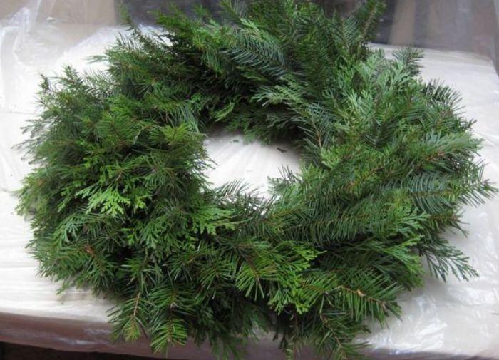 Як зробити різдвяний вінок своїми руками, фото 10