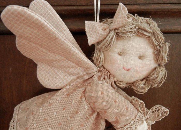 Ангел из мешковины своими руками