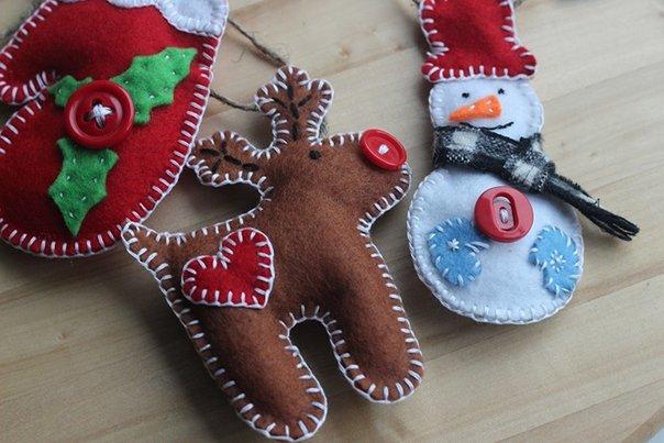 Новогодние игрушки из фетра, фото 24