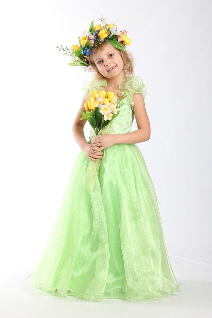 класичний костюм Весни
