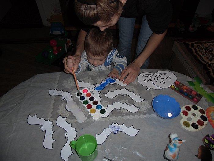Дитячі прикраси на Хеловін своїми руками, фото 4