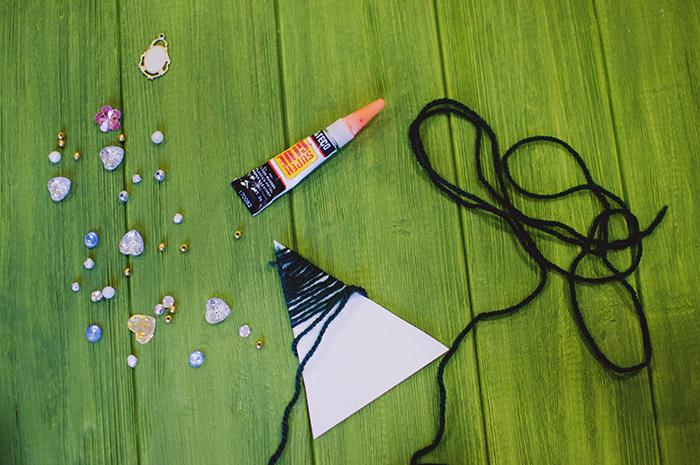 Как сделать елку из вязальных ниток