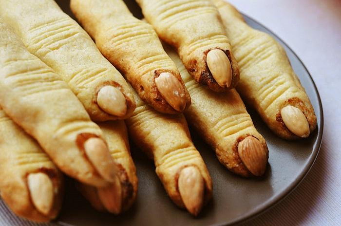 Ужасно вкусные блюда для Хэллоуина, Ведьмины пальчики