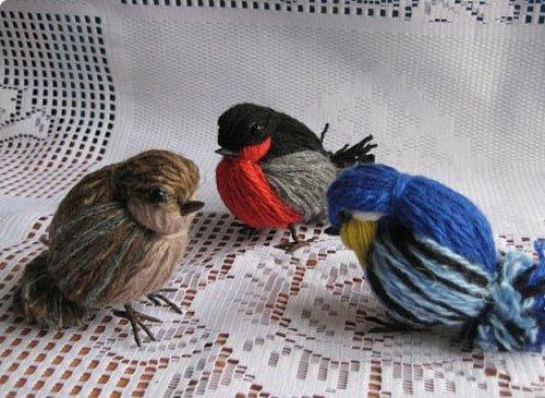 Птичка из ниток фото 19