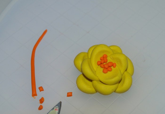 Лепим цветы из пластилина, фото 16