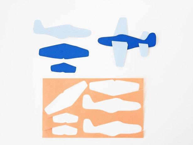 Об'ємні аплікації з паперу: літаки і повітряні кулі у хмарах