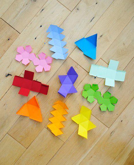 Об'ємні геометричні фігури з паперу