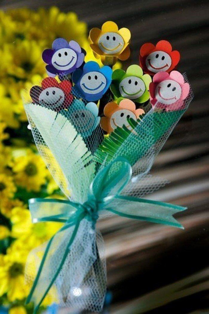 Весенний букет цветов своими руками
