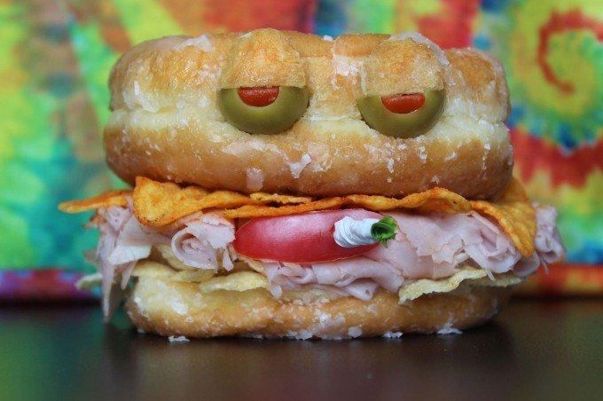 Вкусные сендвичи на завтрак. Идеи праздничных бутербродов для детей - фото 9