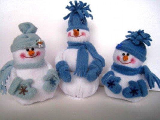Снеговички под елочку