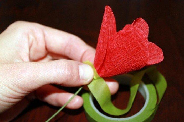 Як зробити маки з гофрованого паперу