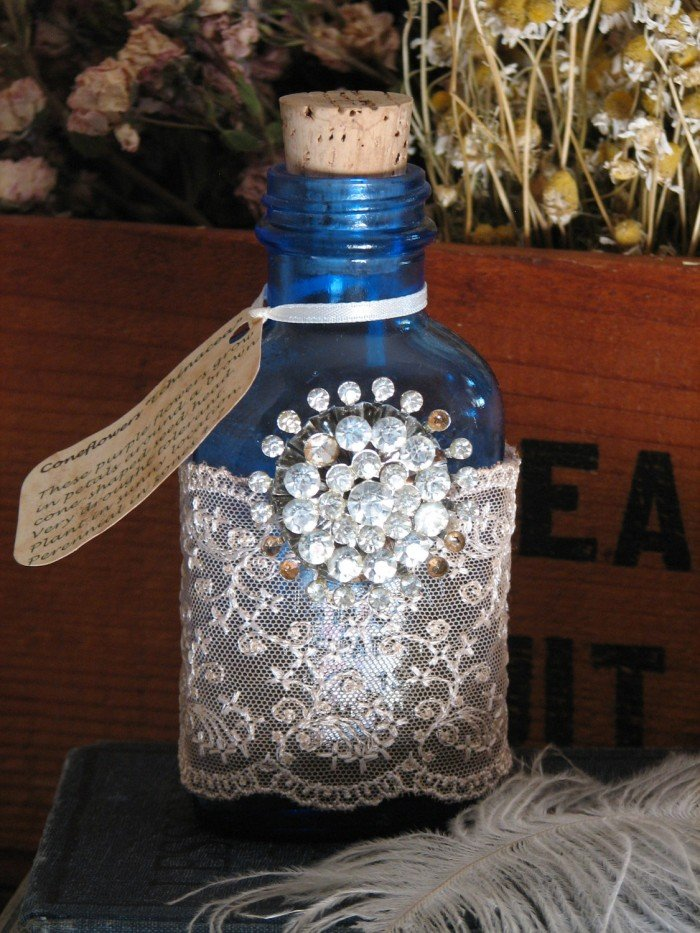 Как сделать из бутылки вазу