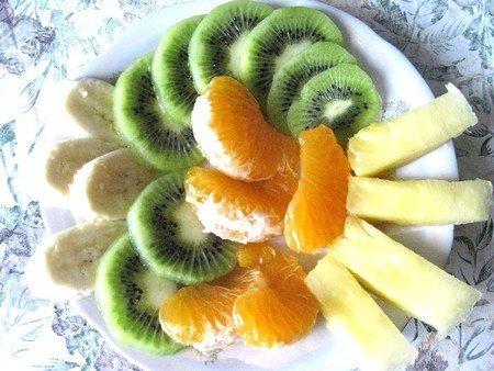 Простой десерт из желе с фруктами - фото 2