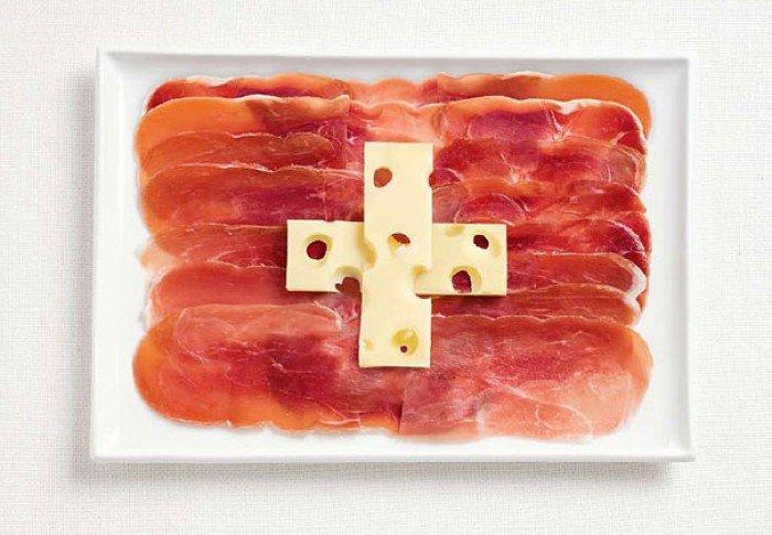 Национальный флаг Швейцарии из еды