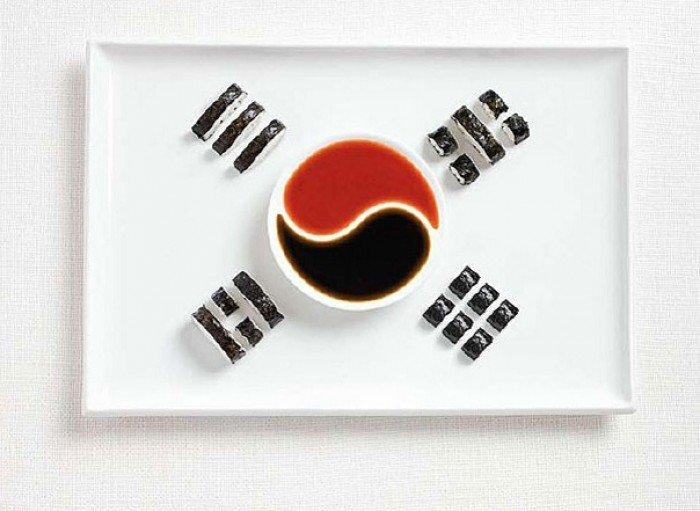 Национальный флаг Южной Кореи из еды