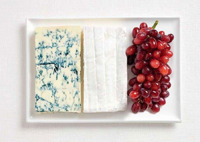 Национальный флаг Франции из еды