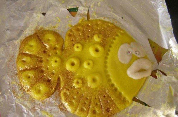 Як прикрасити рибу з солоного тіста