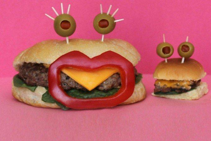 Вкусные сендвичи на завтрак. Идеи праздничных бутербродов для детей - фото 12