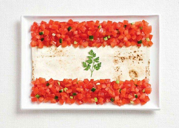 Национальный флаг Ливана из еды