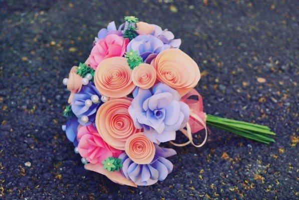 Оригинальные цветы из бумаги