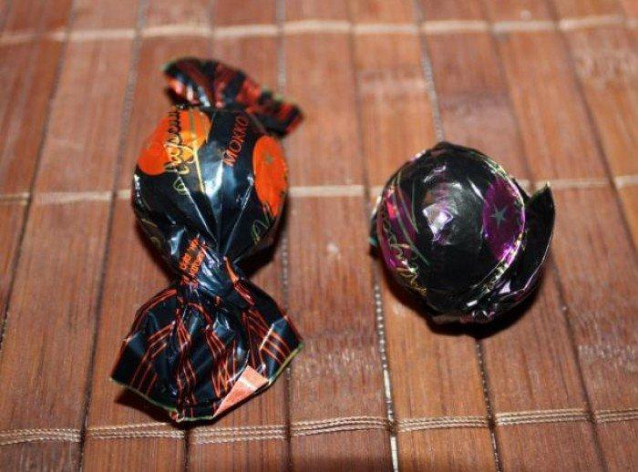 букет із цукерок маки