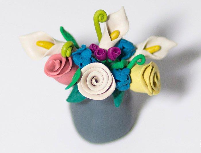 d04048eb42fe508b0e847135123399fc Как сделать цветок из пластилина своими руками, поэтапно, мастер-классы