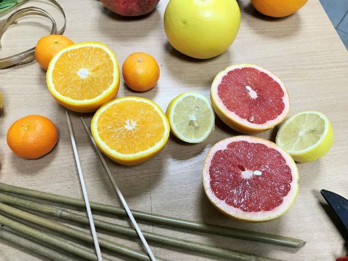 Як зробити букет із фруктів