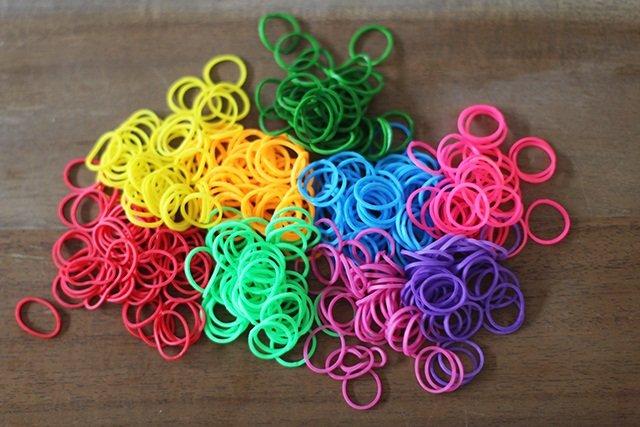 Плетіння резинками для початківців