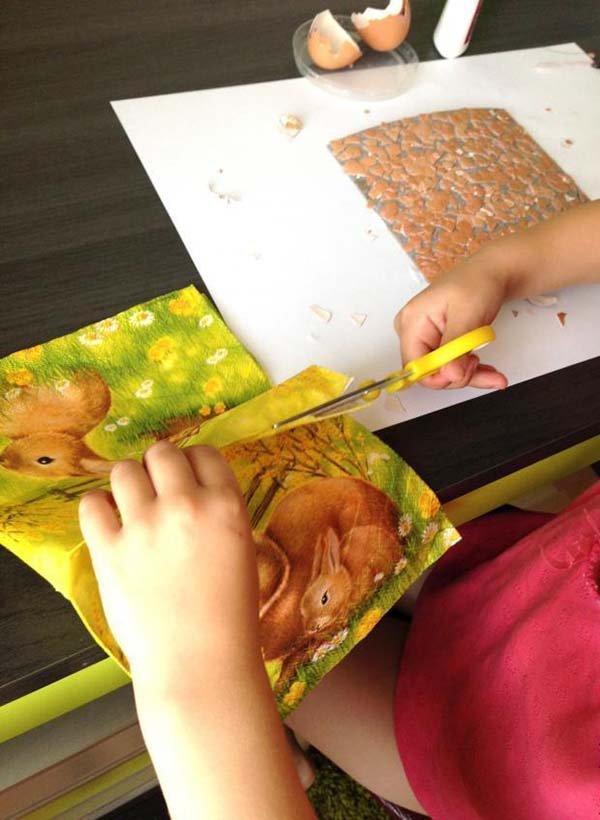 Простая мозаика из яичной скорлупы для детей, фото 7