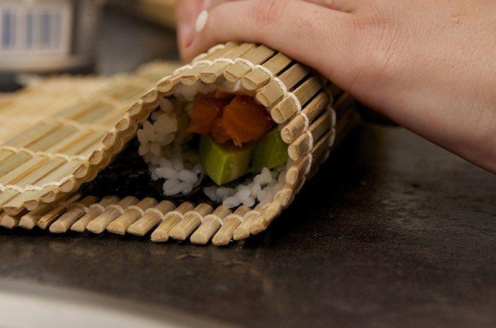 Загортаємо суші - фото 8