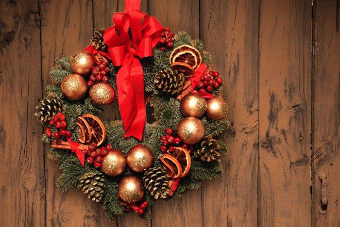 Як зробити різдвяний вінок своїми руками, фото 1