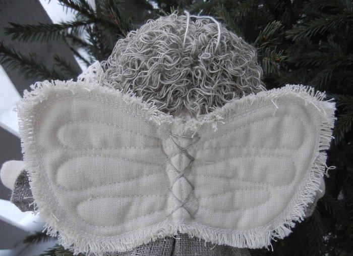 Різдвяний ангел з мішковини