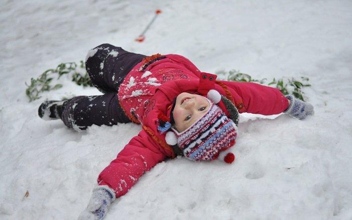 Зимние эстафеты для детей на природе