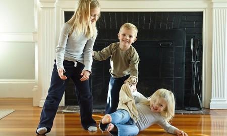 Развлекаемся дома: интересные игры для детей