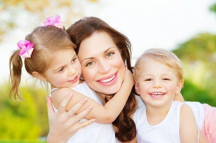 Привітання з Днем матері у віршах
